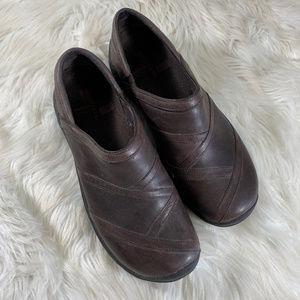 Merrell Brown Leather Slip On Clog Air Cushion 11
